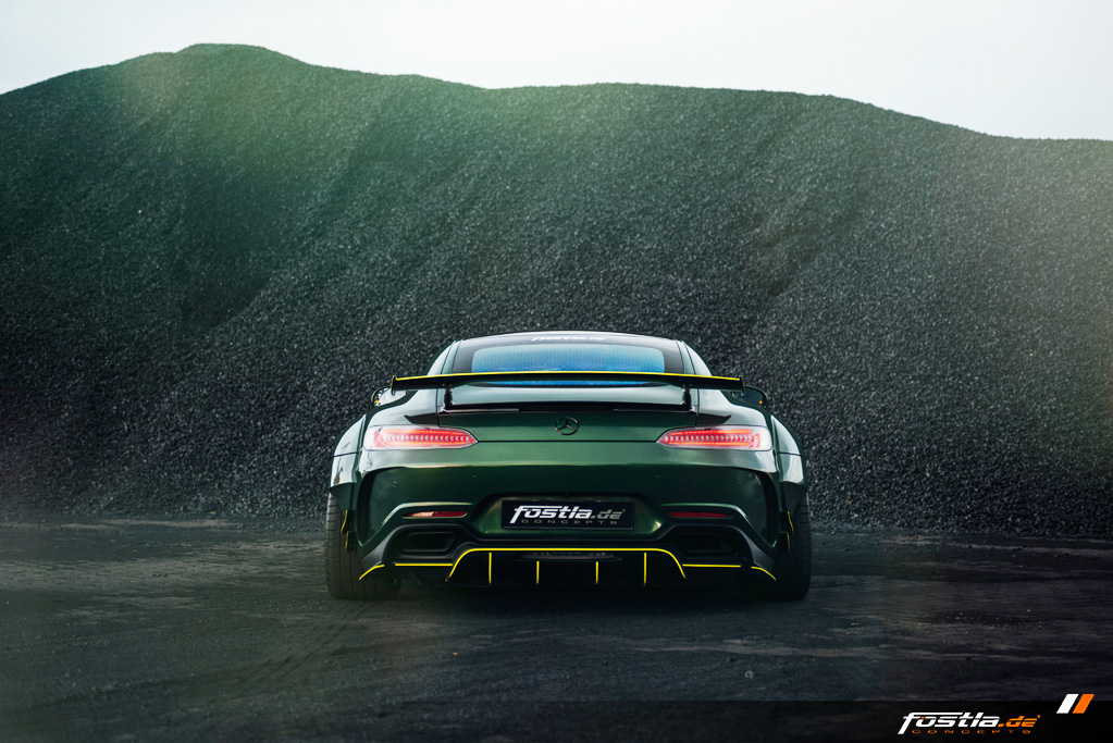 Mercedes AMG GT Prior-Design Widebody-Aerodynamik-Kit Malachite Green Vollfolierung Hannover (14).jpg