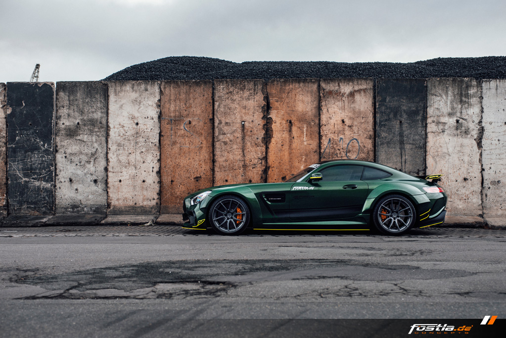 Mercedes AMG GT Prior-Design Widebody-Aerodynamik-Kit Malachite Green Vollfolierung Hannover (6).jpg