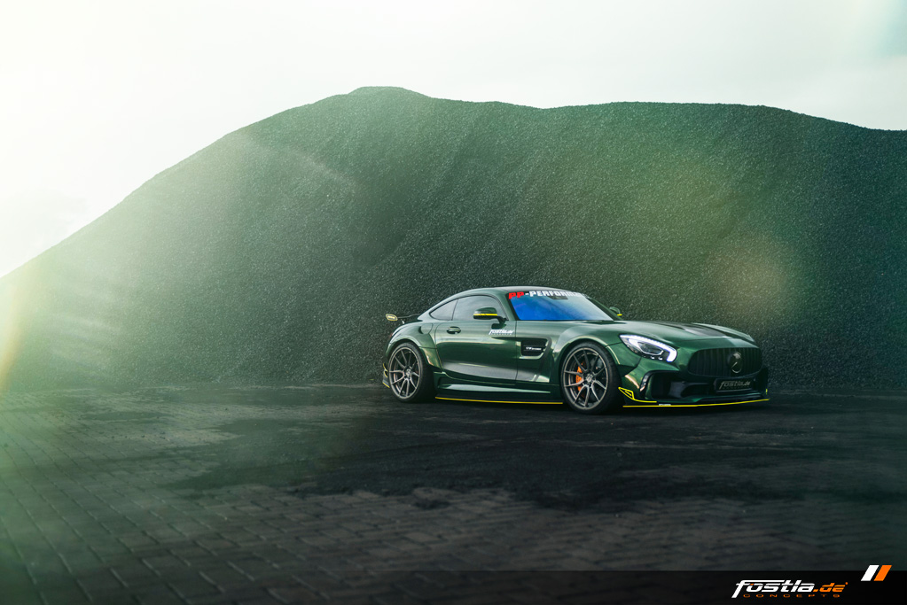 Mercedes AMG GT Prior-Design Widebody-Aerodynamik-Kit Malachite Green Vollfolierung Hannover (8).jpg