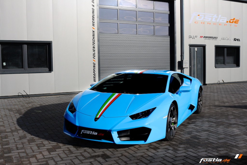 Lamborghini Huracán Coupè - Light Blue 3.jpg