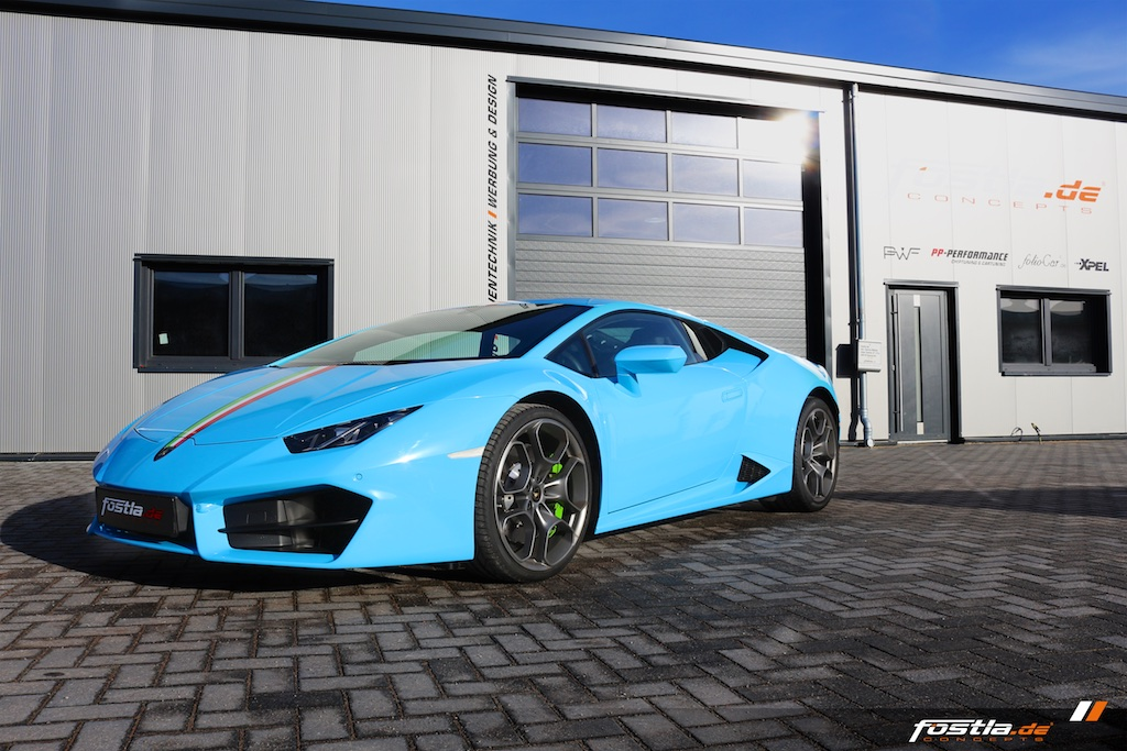 Lamborghini Huracán Coupè - Light Blue 7.jpg